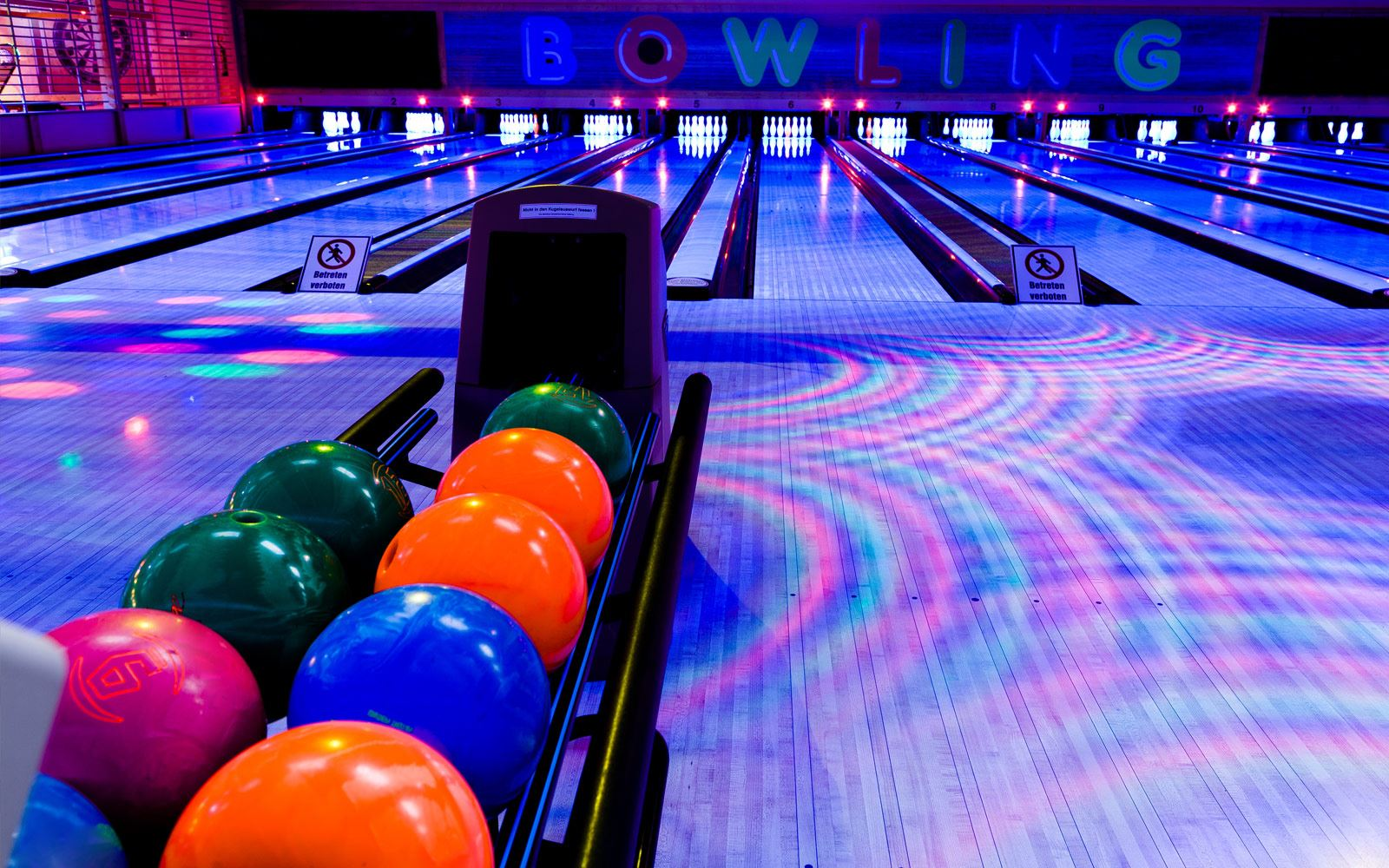 Pin Strikes - Macon Amenities - Bowling Lane